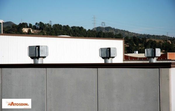 Instalación de ventiladores mixtos en una cub…